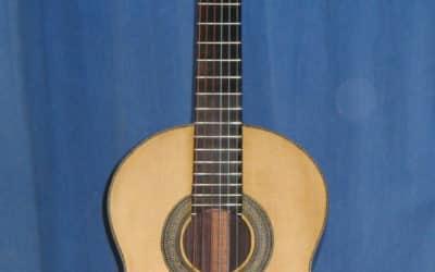 Fabrication guitare classique par PapyBlues